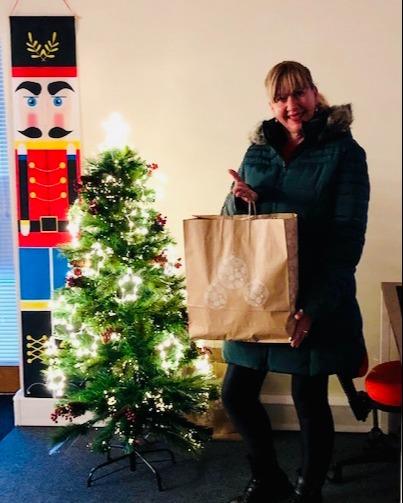 Holiday Gifts UK 2-1